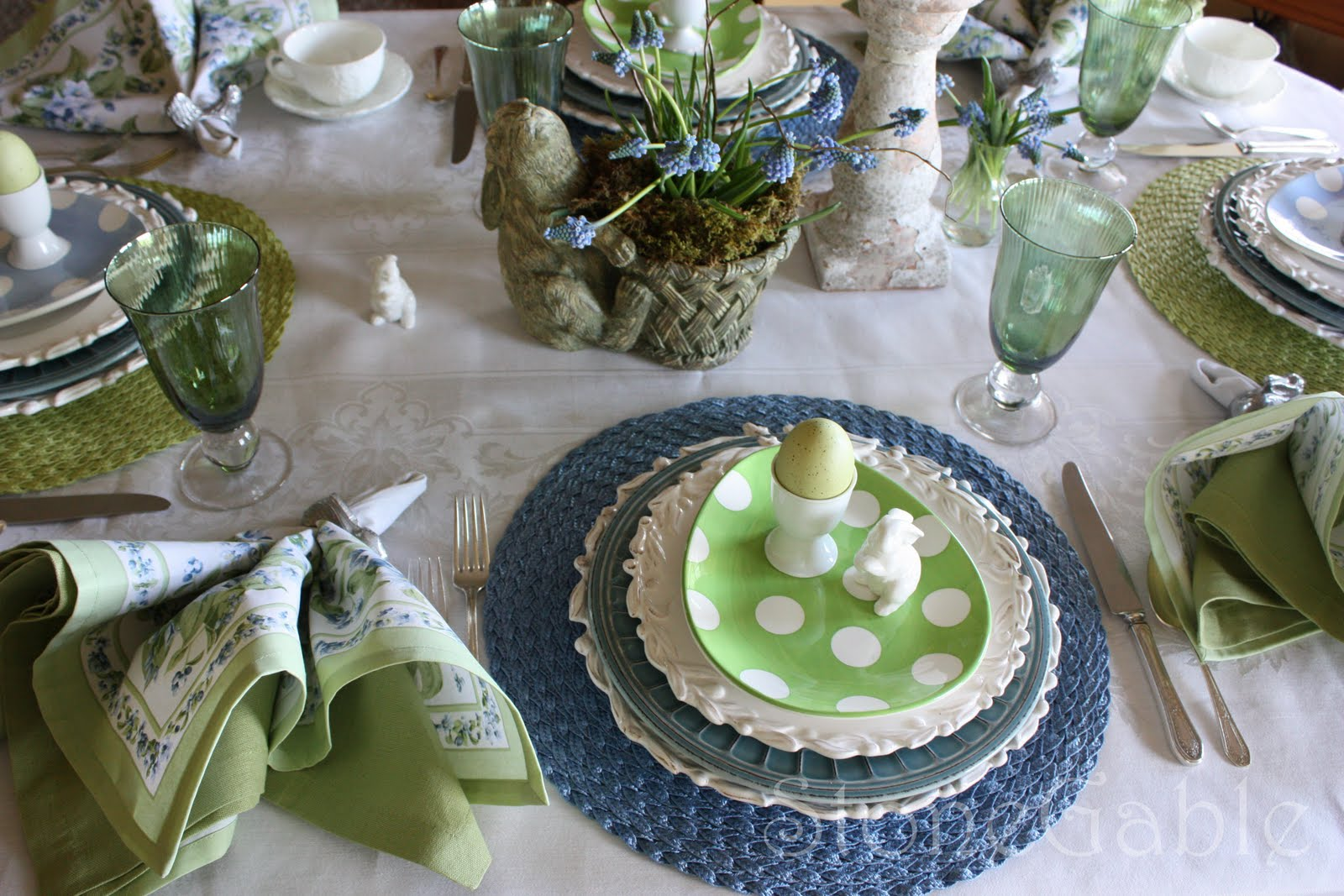 Easter brunch tablescape inspired by family for Easter dinner table setting ideas