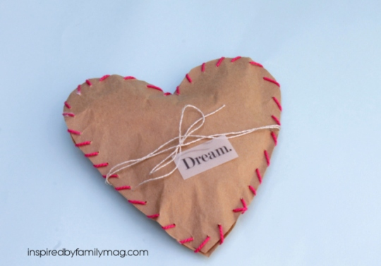 Heart paper bag favors