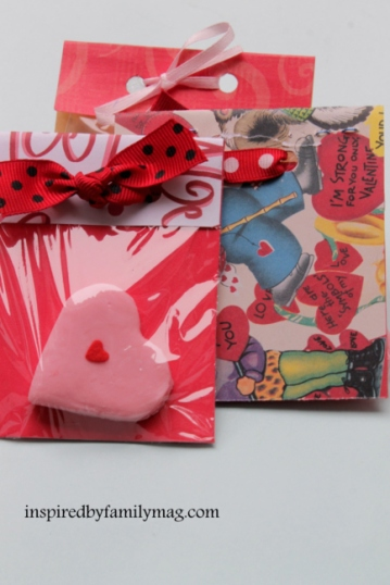 DIY Valentine Party Favors