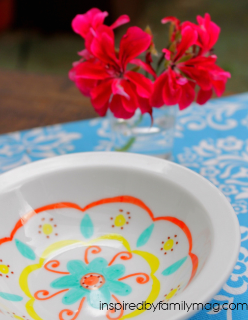 painting on dishes with permanent markers