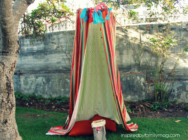 DIY Play tent fort & DIY Play Tent Fort no-sew - Inspired by Family