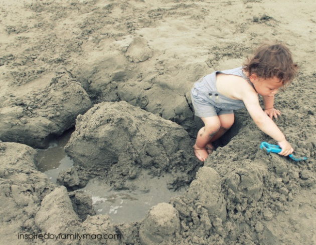 beach fort building