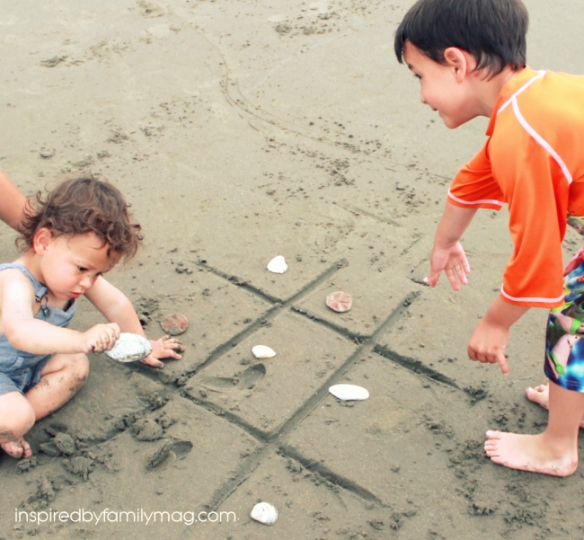 beach tic tac toe game